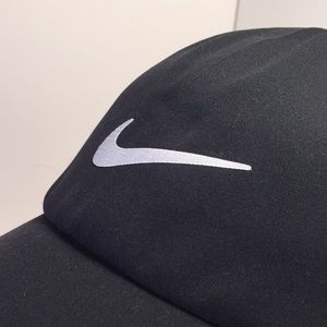 Nike Accessories - Nike Golf Fit Storm Black silver hat cap - Unisex